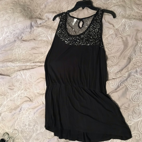 Studio Y Tops - Black stretchy tank top with sequin detail